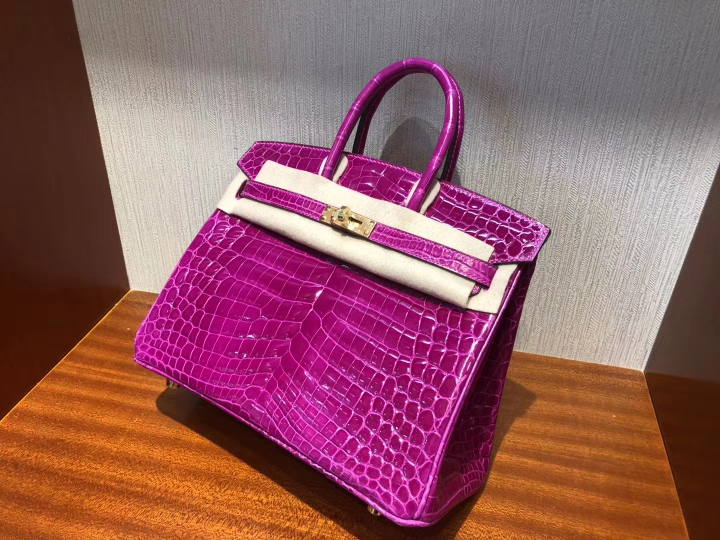 Pretty Hermes Shiny Crocodile Birkin Bag25CM J5 Rose Scheherazade Gold Hardware