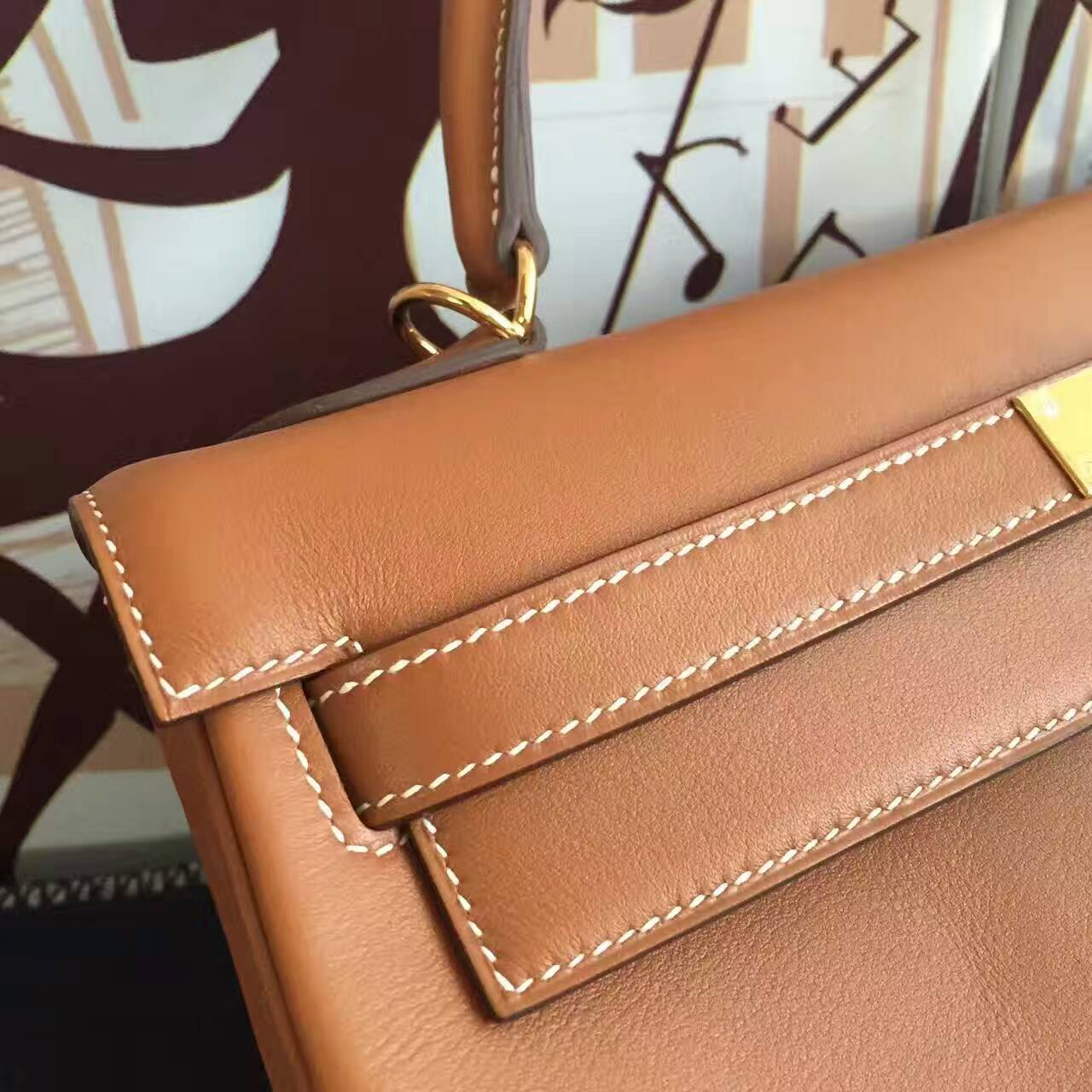 Hand Stitching Hermes CK37 Gold Swift Leather Retourne Kelly Bag 32CM