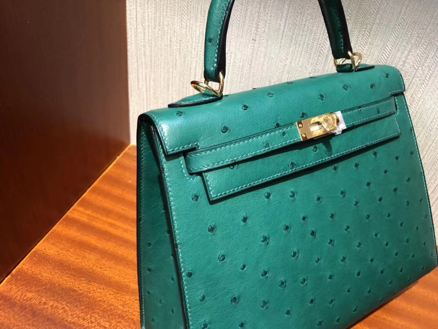 Wholesale Hermes KK Ostrich Kelly25CM Tote Bag in U4 Vert Verigo Gold Hardware