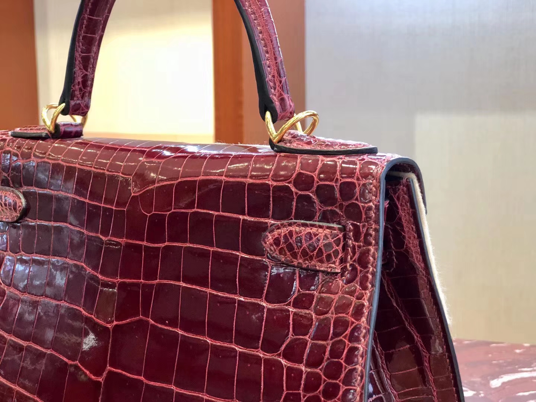 Noble Hermes Shiny Crocodile Kelly25cm Bag in F5Rouge Bourgogne Gold Hardware