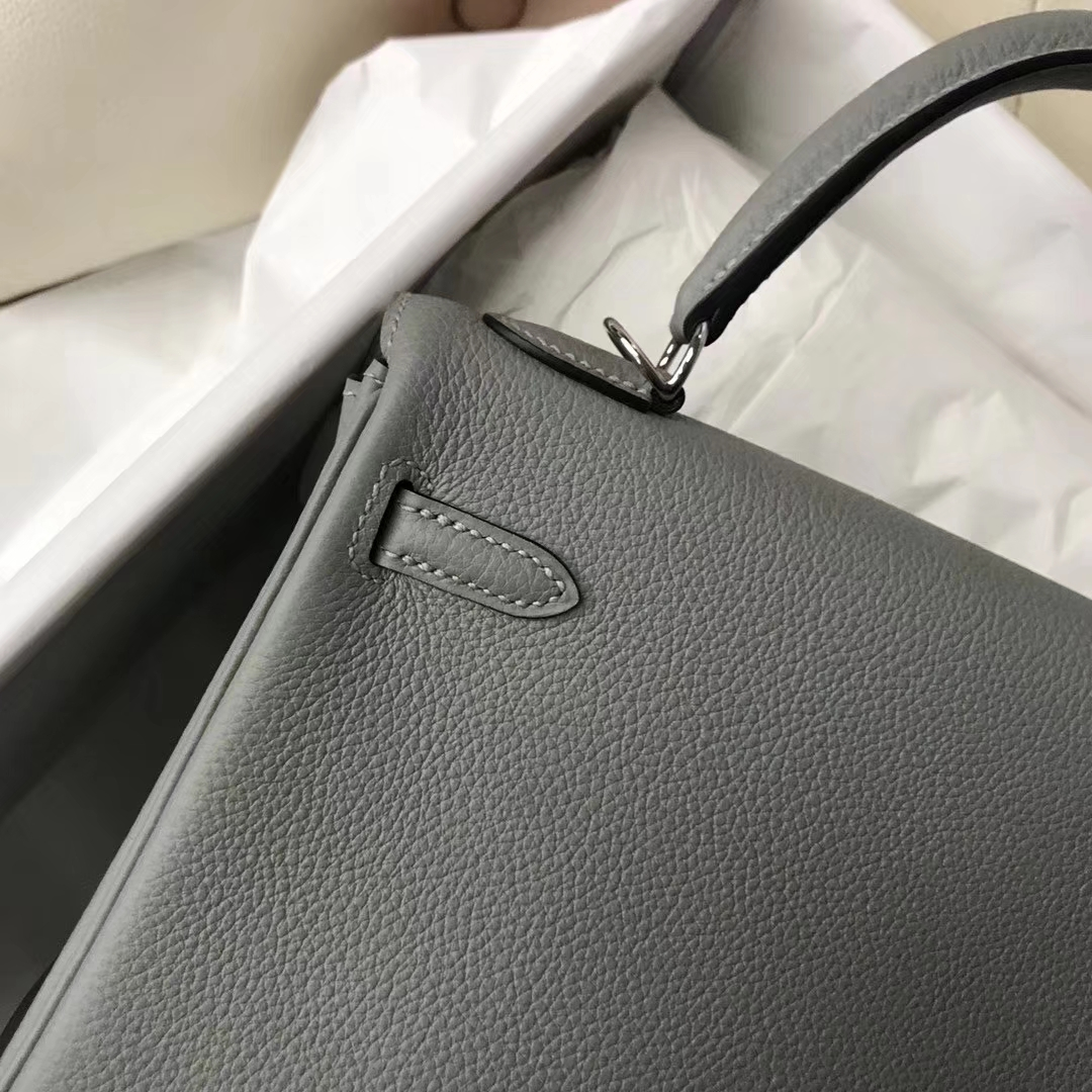 Stock Hermes 4Z Gris Mouette Togo Calf Kelly Bag25cm Silver Hardware