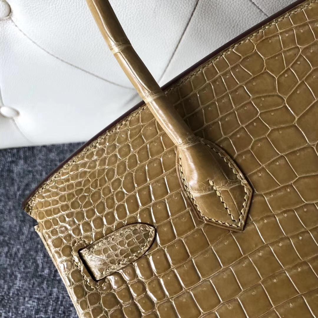 Stock Wholesale Hermes 1C Beige Shiny Crocodile Birkin Bag30CM Silver Hardware