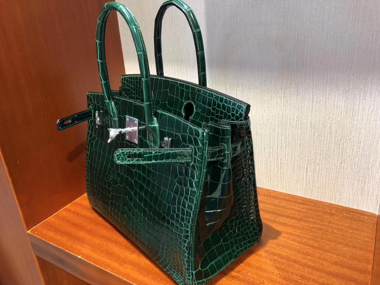 Elegant Hermes Shiny Crocodile Birkin Bag30CM in CK67 Vert Fonce Silver Hardware