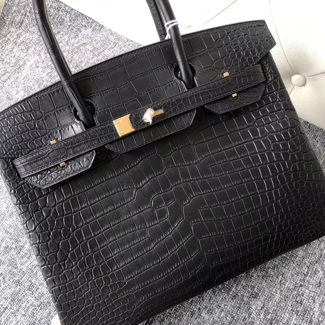 Elegant Hermes Matt Crocodile Birkin30CM Bag in CK89 Noir Gold Hardware