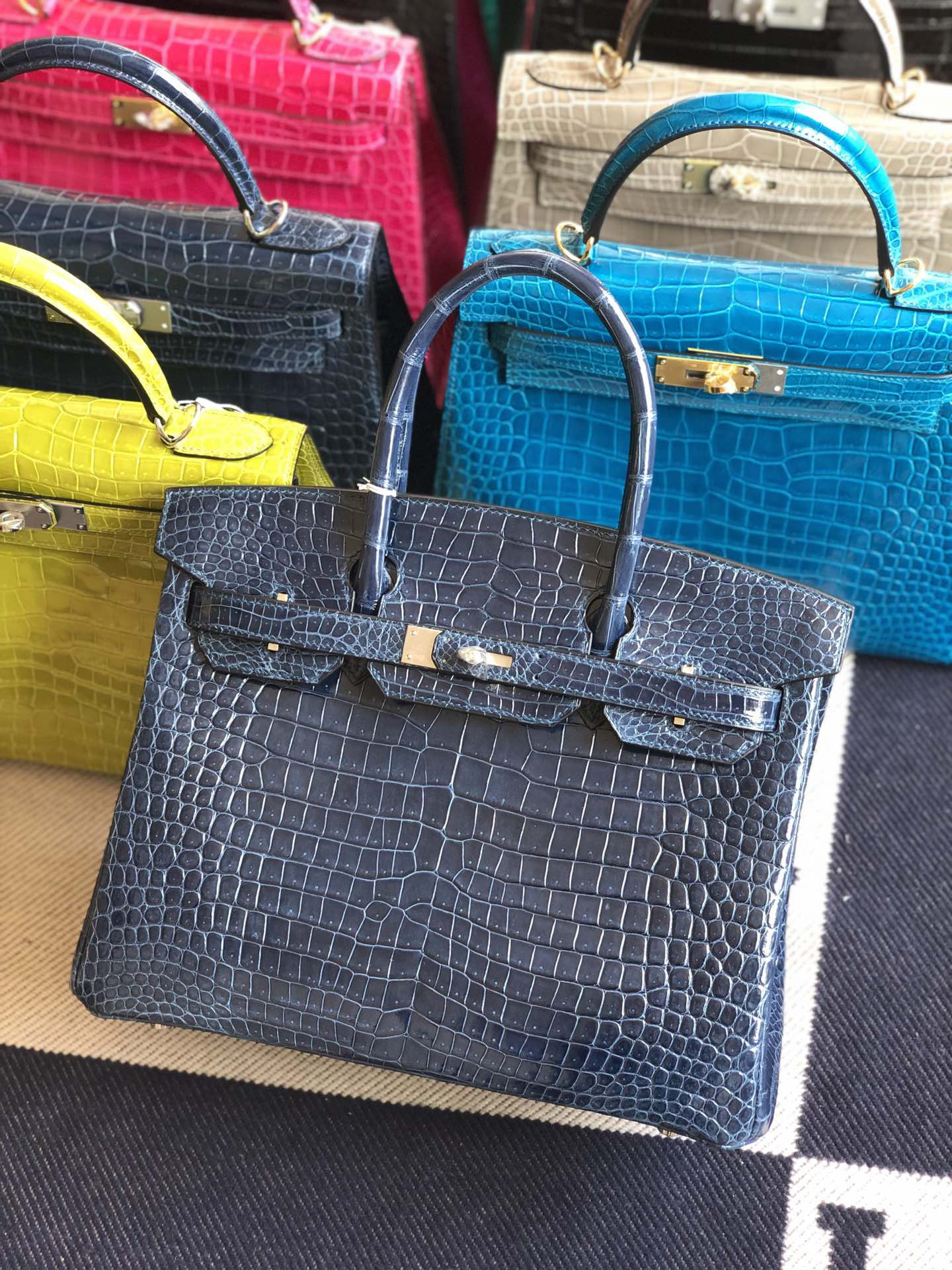 Stock Hermes 7K Blue Saphir Shiny Crocodile Birkin30CM Bag Gold Hardware