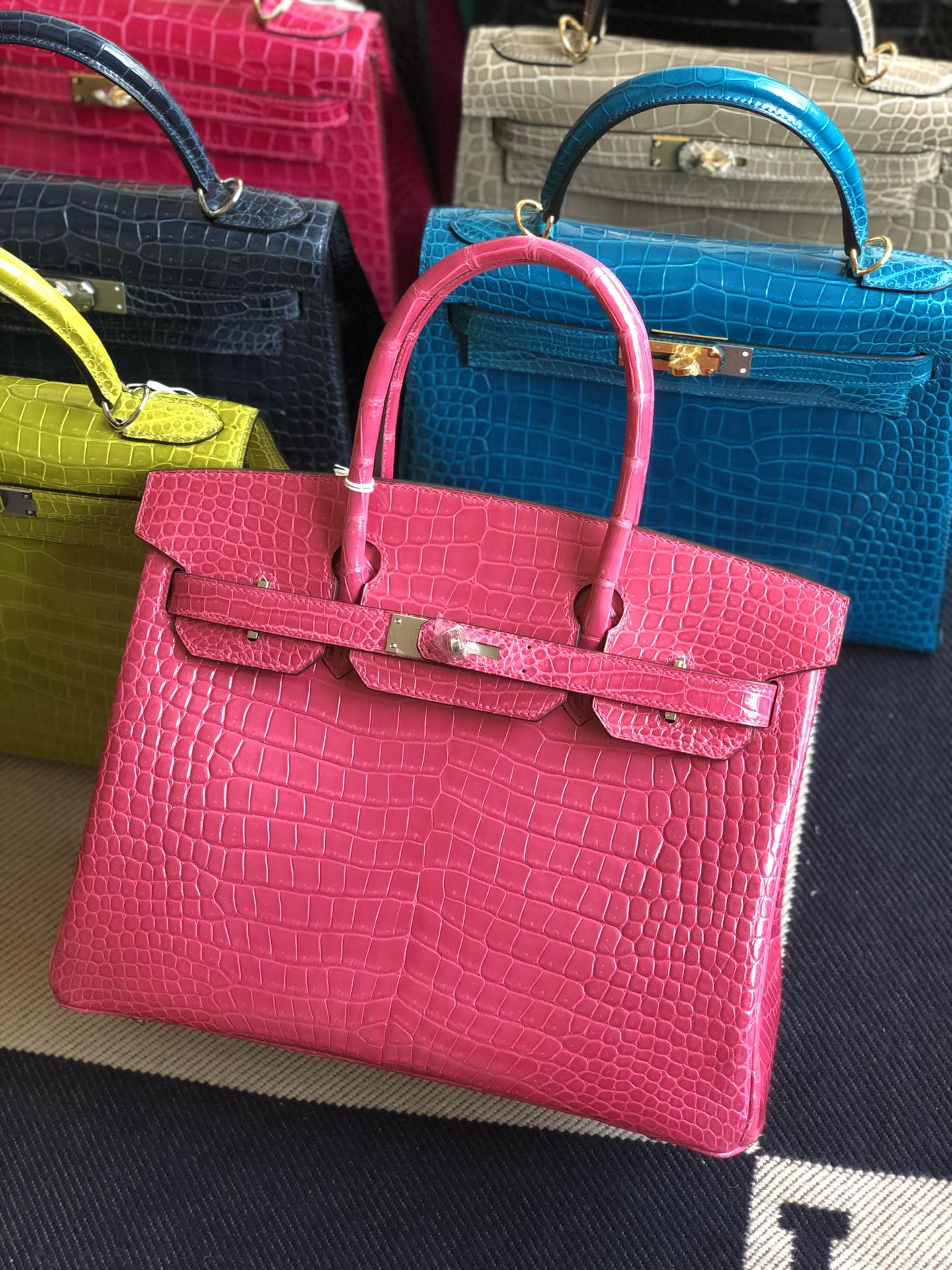 Stock Hermes Porosus Crocodile Birkin30CM Bag in 5J Rose Peach Silver Hardware