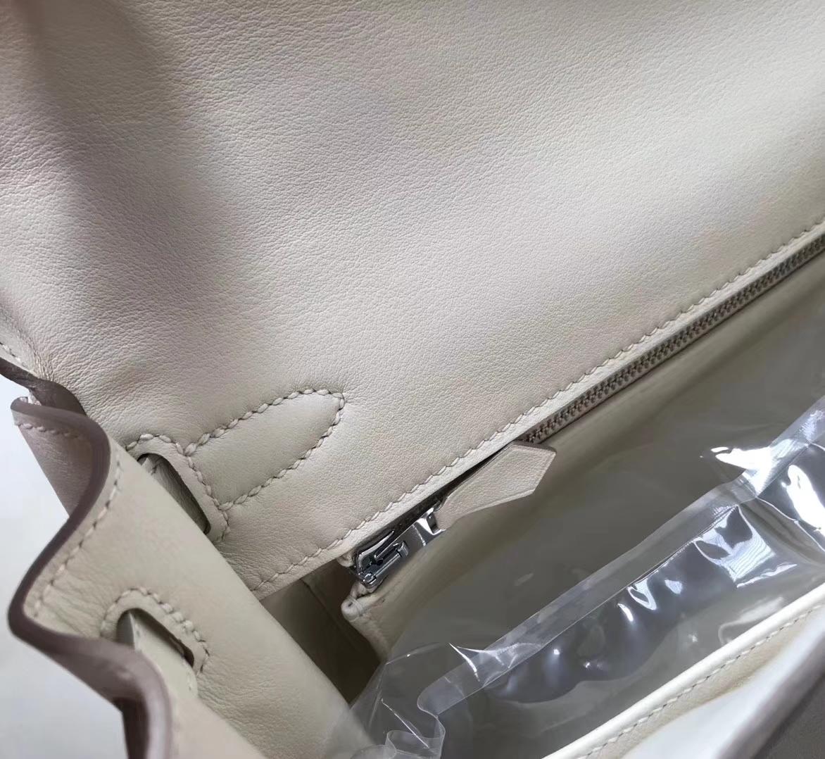 Elegant Hermes CK10 Craie Swift Calf Kelly28cm Tote Bag Silver Hardware