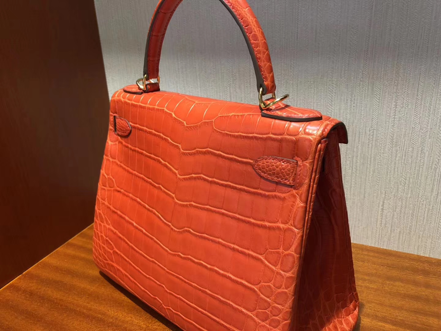 New Arrival Hermes 8V Coppy Orange Crocodile Matt Kelly28CM Bag Gold Hardware