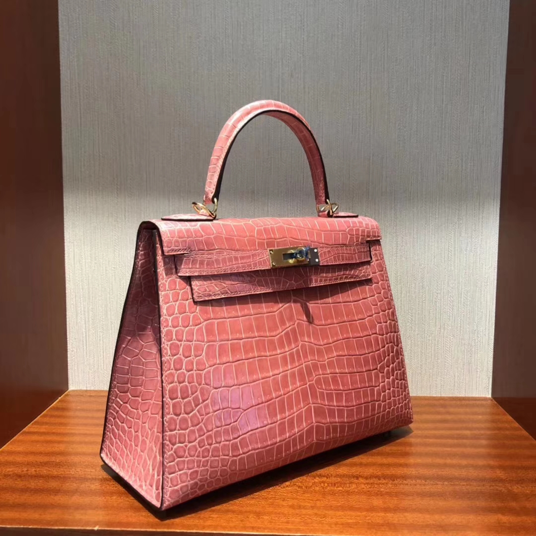 Stock Hermes Rose Crevette Shiny Crocodile Leather Kelly28CM Bag Gold Hardware