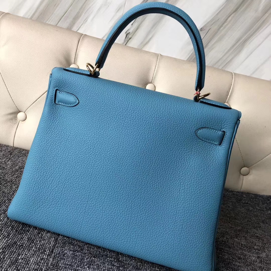 Stock Hermes Togo Calf Retourne Kelly28CM Tote Bag in P3 Blue de Nord Gold Hardware