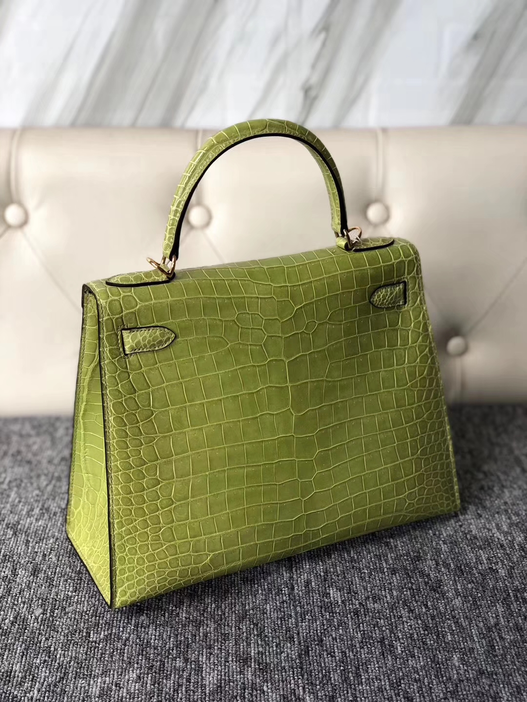 Sale Hermes 6R Vert Kiwi Shiny Crocodile Kelly Bag28CM Gold Hardware